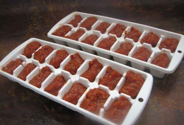 Заморозка томата в формах для льда