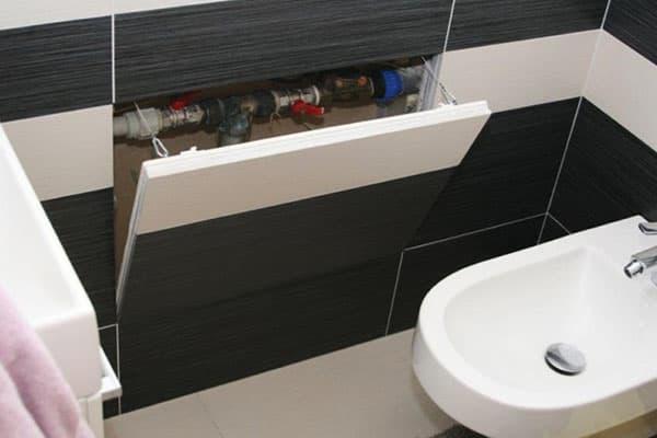 Технический люк под ванной