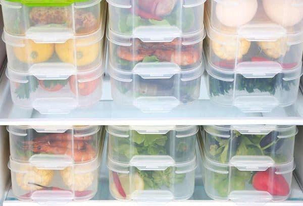 Замороженные продукты в контейнерах