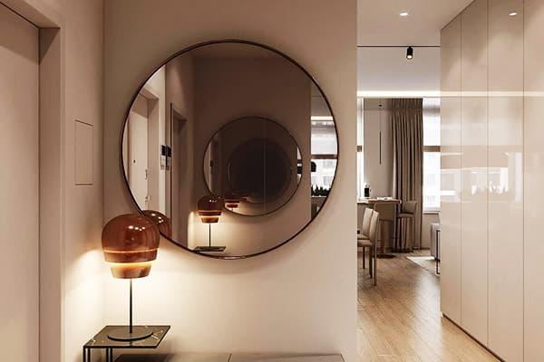 Зеркало напротив зеркала в прихожей