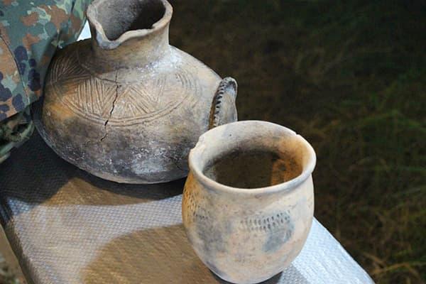 Древняя глиняная посуда
