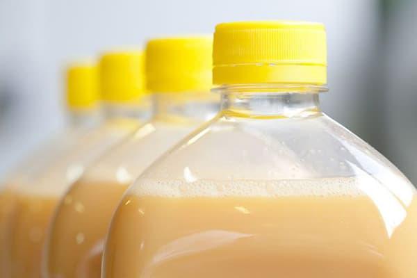 Яичный меланж в бутылках