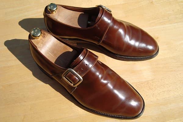 Дорогие мужские туфли из кожи