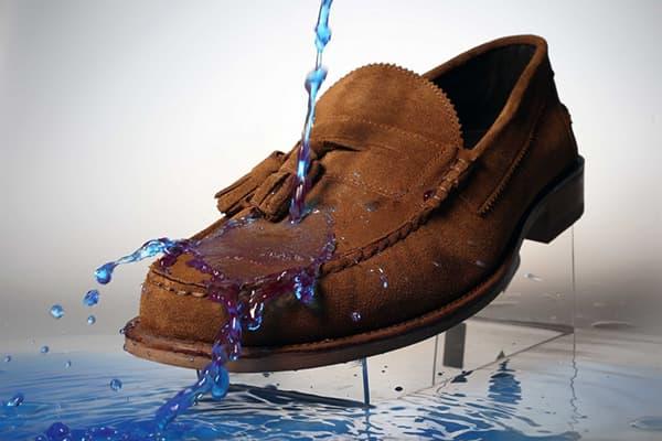 Замшевая обувь с водоотталкивающим слоем