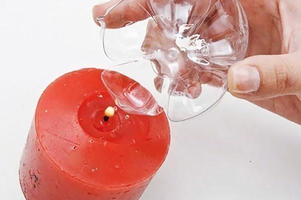 Изготовление цветка из дна пластиковой бутылки