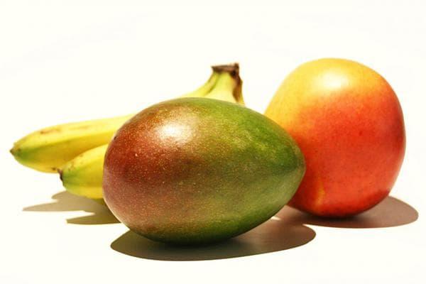 Манго и бананы