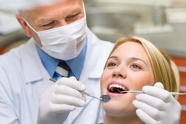 Профилактический осмотр у стоматолога