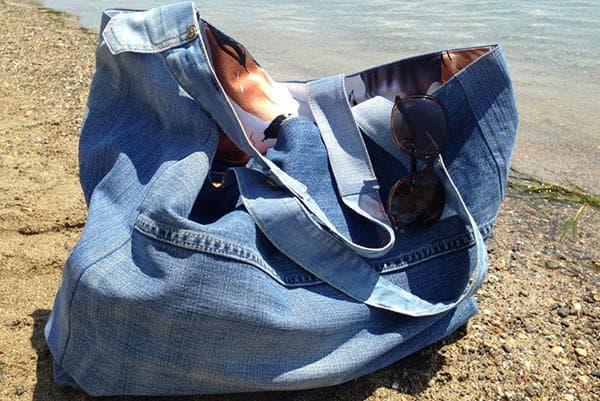 Пляжная сумка из старых джинсов