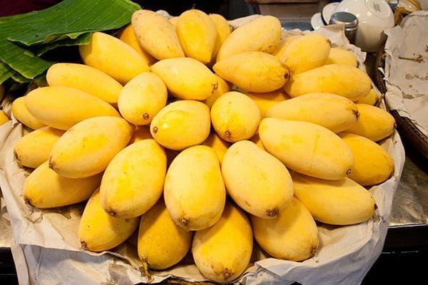 Манго желтое - спелые плоды