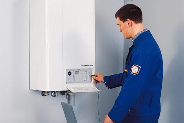 Проверка газового котла специалистом