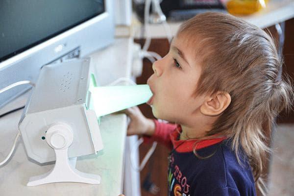 Лечение горла ребенку кварцевой лампой