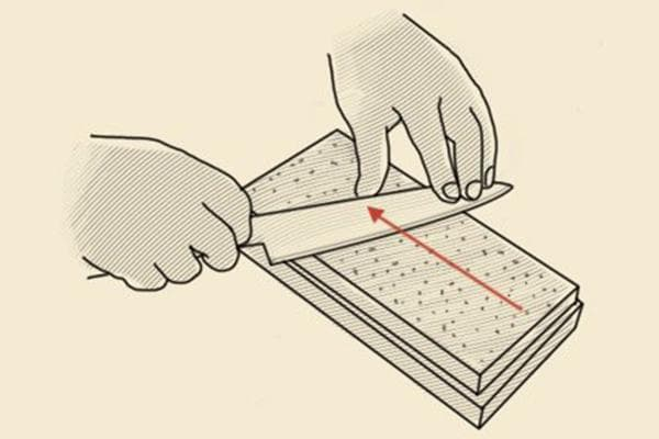 Заточка ножа на точильном камне