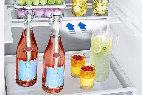 Жидкие продукты в холодильнике