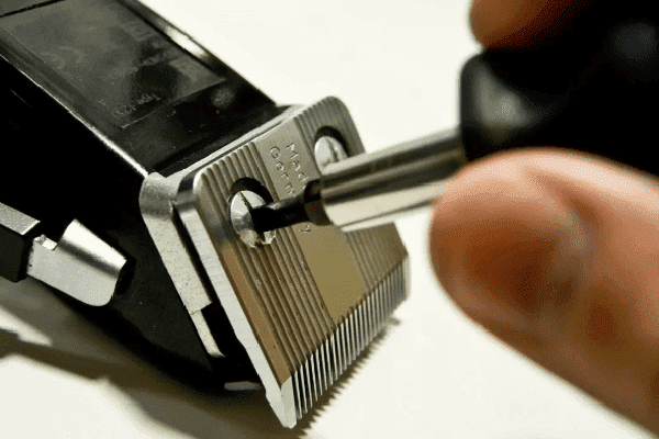 Разборка машинки для стрижки волос