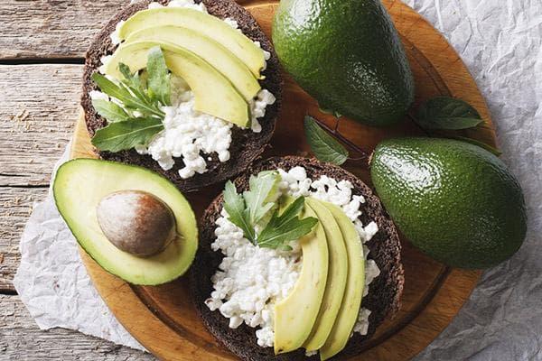 Полезные бутерброды с авокадо