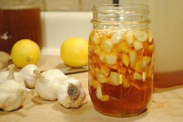 Чеснок в лимонно-медовом маринаде