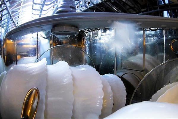 Работа посудомоечной машины изнутри