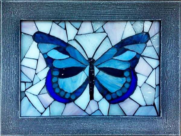 Картина из осколков стекла