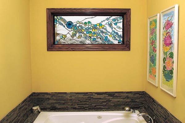 Витражное окно в ванной