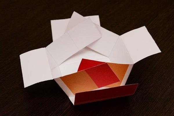 Складывание бумажной коробки