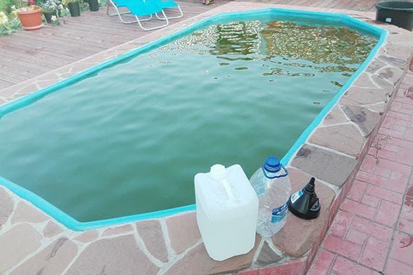 Перекись для очистки бассейна
