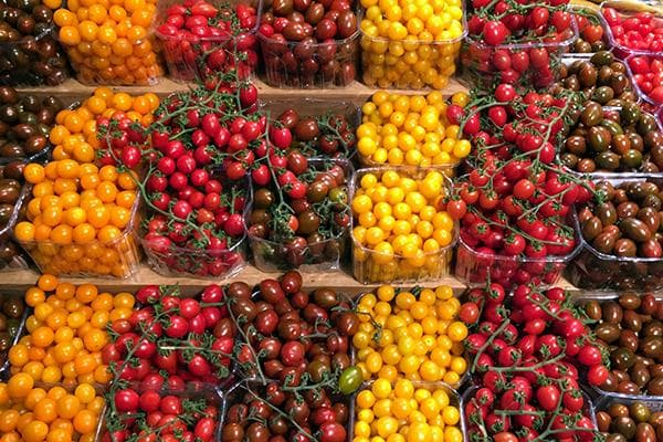 Продажа помидоров разных сортов