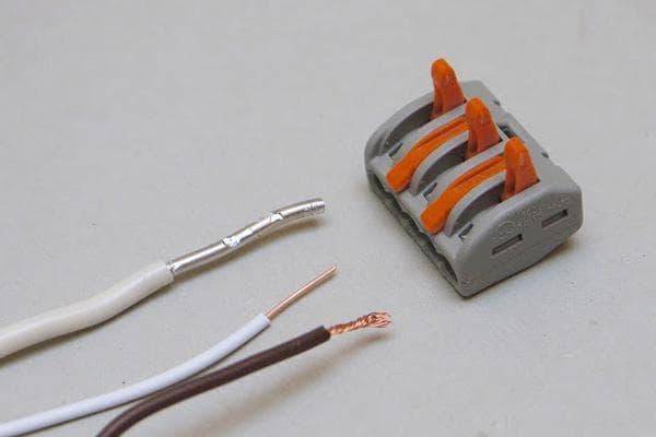 Зажим WAGO и провода