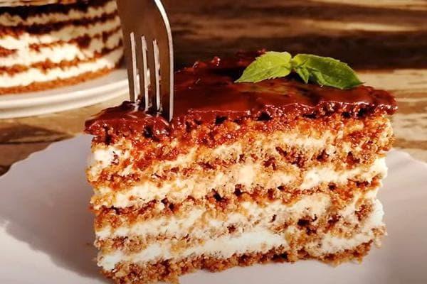 Торт с сухофруктами без выпечки
