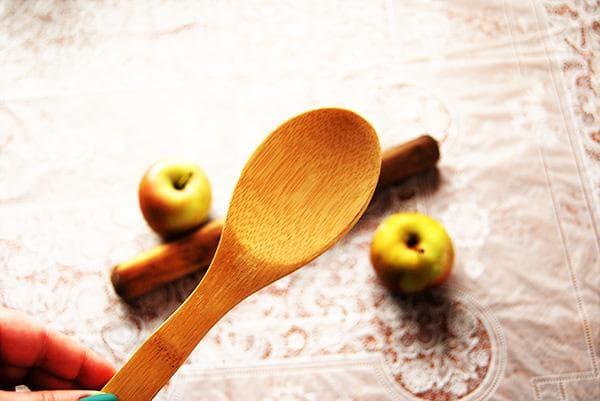 как отмыть деревянные принадлежности для кухни