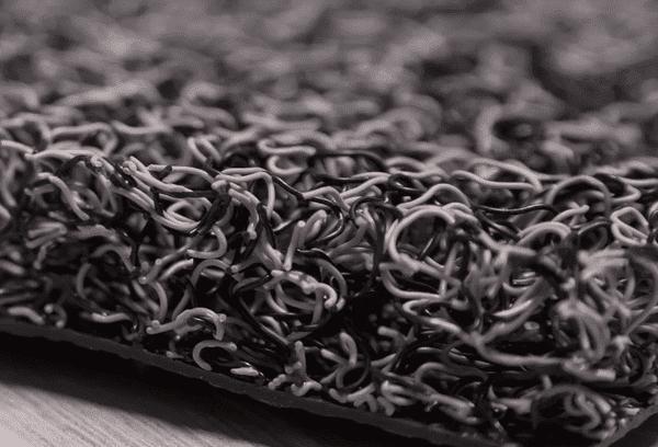 Придверный коврик барьерного типа спагетти