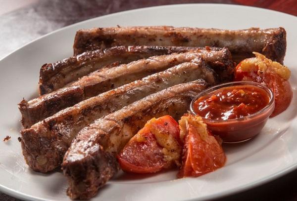 Свиные ребра в соусе барбекю